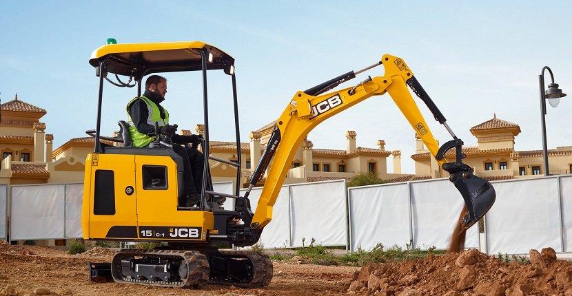 Cómo distinguir una miniexcavadora de una excavadora