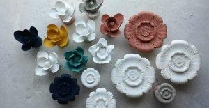 Cómo endurecer flores artificiales