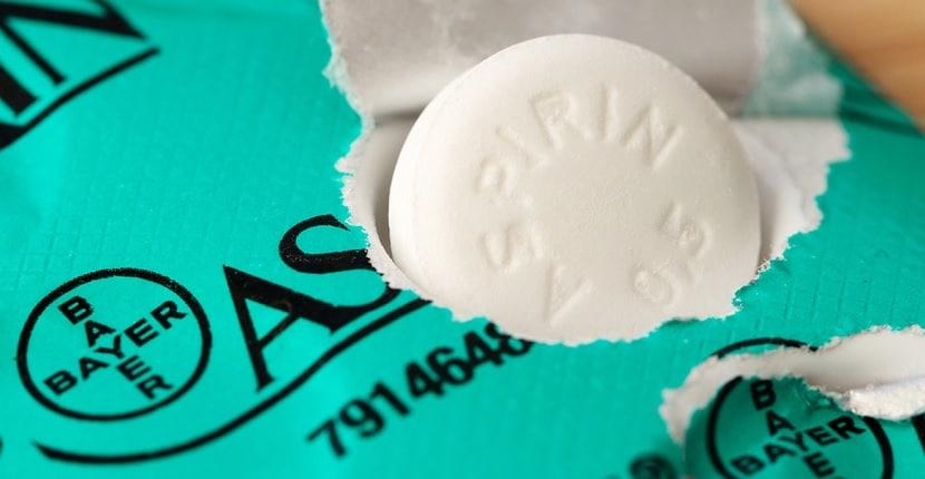 Cómo quitar el amarillo de los dedos con aspirina