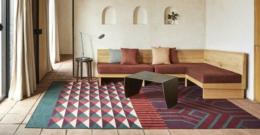 Cómo recuperar el color original de una alfombra