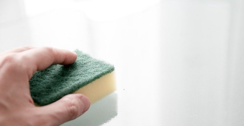 Limpiar pared blanca