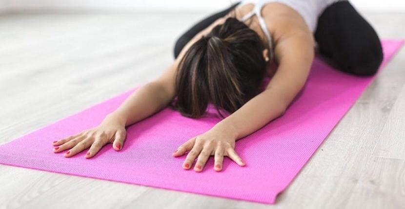 Cómo hacer una colchoneta de yoga caseraCómo hacer una colchoneta de yoga casera